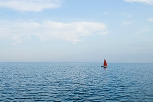 Dobber je stuurloos op zee?